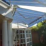 FOLD ARM AWNING IN BLUE STRIPES